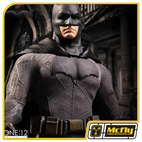Mezco One 12 Batman BvS