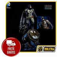 Batman Prime Scale 1/3 DC Comics By Ivan Reis