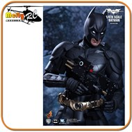 Hot Toys Batman 1/4 Dark Knight Rises Bruce Wayne