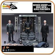 Hot toys BATMAN ARMORY BRUCE WAYNE E ALFRED ESCALA 1/6
