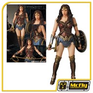 Medicom MAFEX Batman v Superman Figures: Wonder Woman