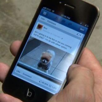 Facebook insere vídeos automáticos em anúncios de apps