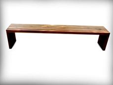 Locação bancos de madeira