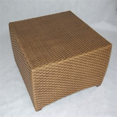 Locação mesa de centro quadrada em vime