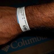 Credenciamento com código de barras em pulseiras