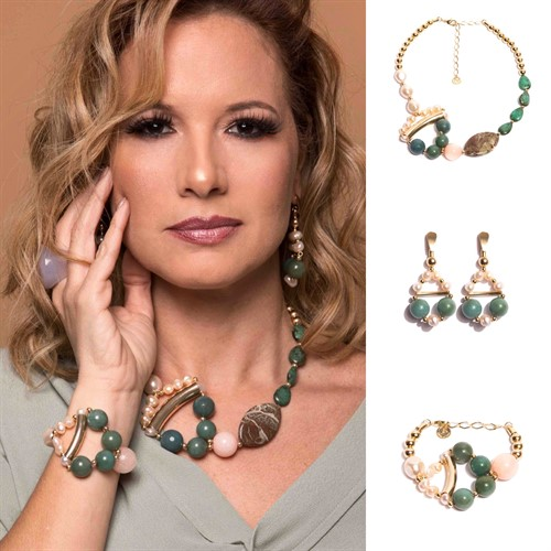 BM.C5 Colar golden pedras Jade Rosa, Jade verde, Perolas, Tuqrquesas Jade Zion e metais banhados a ouro