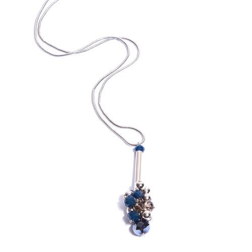 CT.C4 Colar longo cristais azuis e fume cacho e metais banhados a paladio