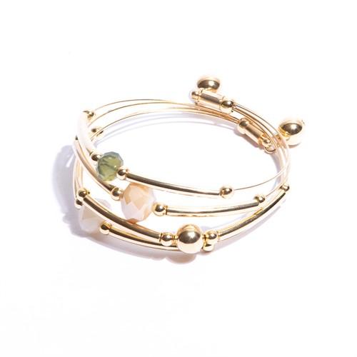 CT.P7 Pulseira 3 aros cristais verdes, off e caramelo e metais banhados a ouro