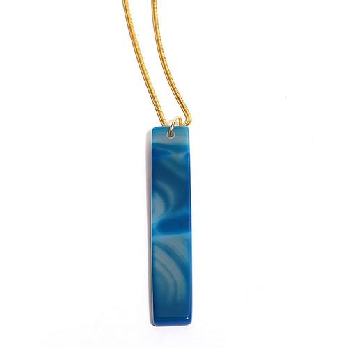 EPS.279.A Colar longo filetão de pedra Agata azul e metais banhados a ouro