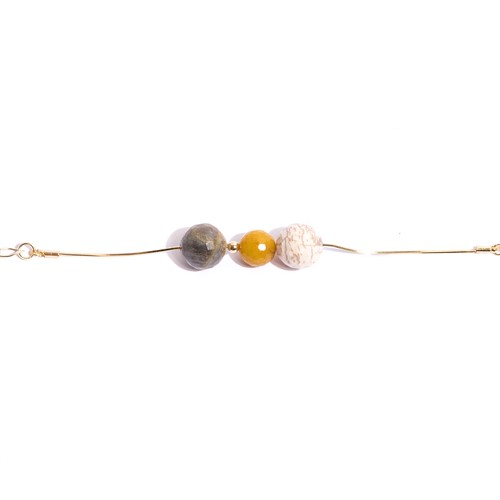 TR.P10  - Pulseira Pedra Howlita, Jade mostarda, labradorita e metais banhados a ouro