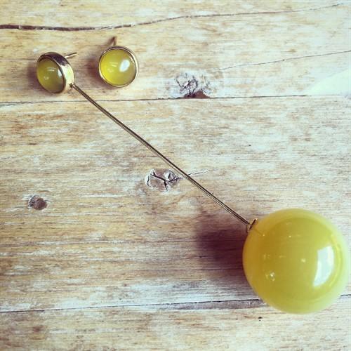 EPB.9 (opções de cores) Brinco ponto redondo e Bola de pedra natural Ágata e metais folheados a ouro.