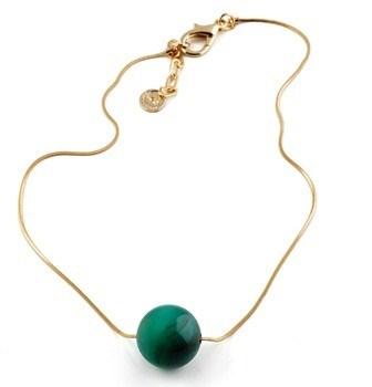 EPS.125 (opções de cores) Colar Bola de pedra brasileira Ágata e corrente banhada a ouro.