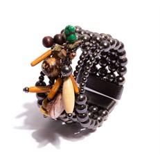 O.BCT7 Bracelete penduricalhos com madeira, bambu, madrepérolas, sementes e metais banhados a grafite