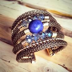 BCT.D4 Bracelete cristais, Pedra Natural Jade Sodalita, malha em alumínio e metais folheados a ouro.