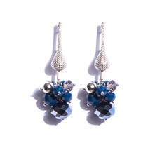 CT.B4 Brinco medio cacho cristais azuis e fume com metais banhados a paladio