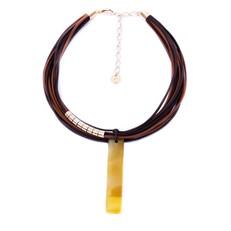 CP.C4.AA Colar filetão de pedra Ágata amarela, couro ecológico e metais banhados a ouro