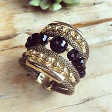 F16.BCT6 (preto) Bracelete pedra Onix e metais banhados a ouro