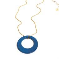 EPS.A2.A Colar pingente com pedra brasileira Átaga azul e corrente banhada a prata ou ouro.