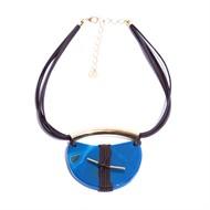 CP.C8.A (azul) Colar pedra Meia Lua Ágata azul , couro ecologico café e metais banhados a ouro