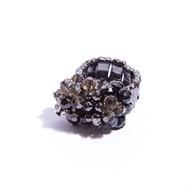 CT.A5 Anel cacho cristais fume e grafite com metais banhados a grafite
