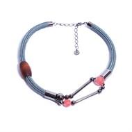 NU.C1 Colar curto corda cinza, pedra Quartzo Cherry, Madeira e metais grafite
