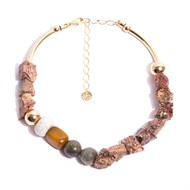 TR.C10 - Colar luxo pedras Zionita rosa rustica, Pedra Labradorita, Pedra Howlita, Pedra agata mostarda e metais banhados a ouro