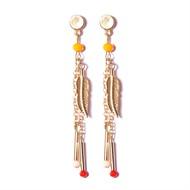 BL.14 Brinco longo cristais laranja e metais folheados a ouro.