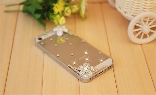 Capa Case Capinha Iphone 4 E 4s Luxo Strass Transparente 3d