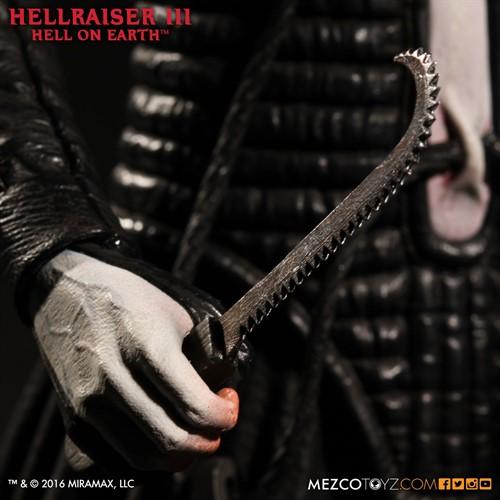 Pinhead - Hellraiser III: Hell on Earth - Escala 1:12 - Mezco Toys