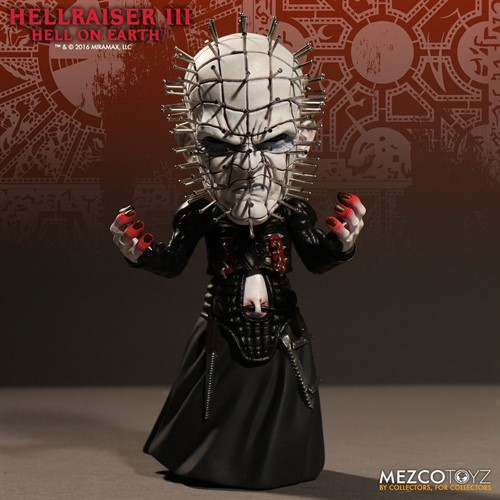 Pinhead Deluxe Stylized - Hellraiser III: Hell on Earth - Mezco Toys