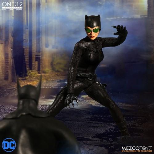 Catwoman DC Comics Escala 1/12 Articulado - Mezco Toys