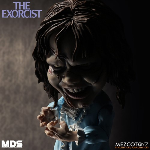 Regan - O Exorcista Deluxe Estilizado - The Exorcist - Mezco Toys