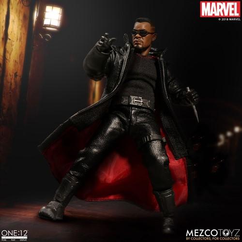 Blade O Caçador de Vampiros MARVEL - Escala 1/12 Action Figure - Mezco Toys