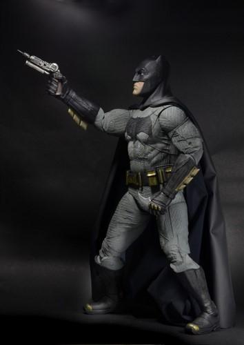 Batman Escala 1/4 - Batman Vs Superman Dawn Of Justice - NECA