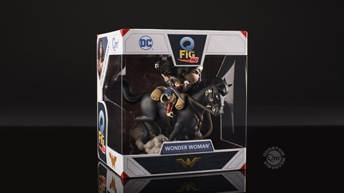 Wonder Woman em Batalha DC Comics - Q-Fig - QUANTUM MECHANIX