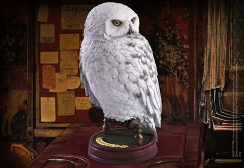 Coruja Edwiges Estátua - Harry Potter - Noble Collection