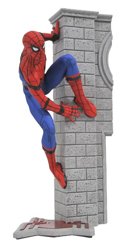 Spider-Man Homecoming Estatua Marvel Gallery - Diamond Select Toys