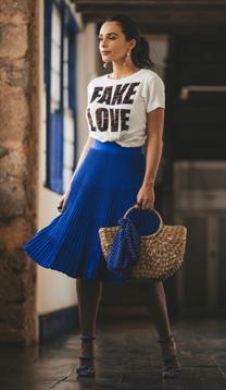 T-Shirt Fake Love (V19092)