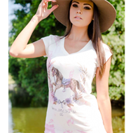 Camiseta Feminina - Flores and Horses
