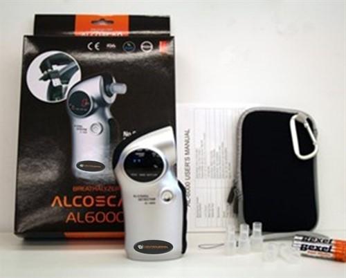 Bafômetro Digital Mod. CBAL-6000 + Pacote com 50 bocais
