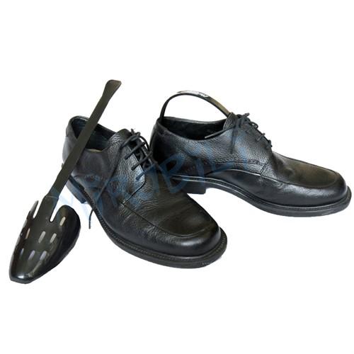 Modelador de sapato masculino com calçadeira