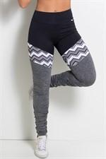 Legging franzida com detalhes