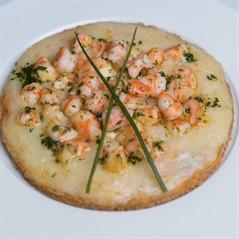 Pizza Low Carb de Camarão com Mozarela de Búfala