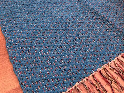 TAPETE MÉDIO COROA 70 x 140 - Turquesa