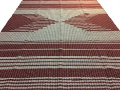 TAPETE GRANDE MALHA 140 x 200 - Desenho Vinho