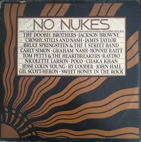 LP Vários – No Nukes: The Muse Concerts For a Non-Nuclear Future (1979) (Vinil usado)