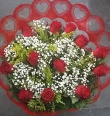 Bouquet 12 rosas - Frete Grátis*