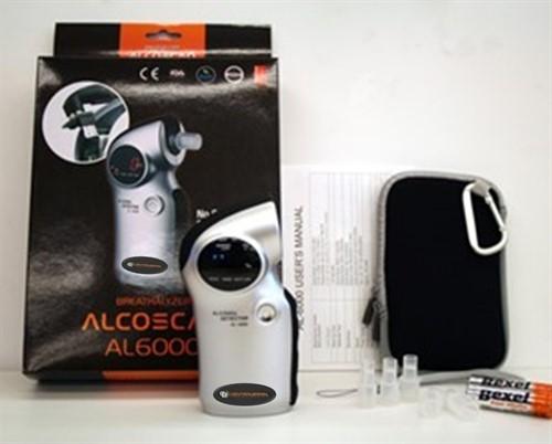 Bafômetro Digital Mod. CBAL-6000 + Pacote com 50 bocais + Certificado de Calibração