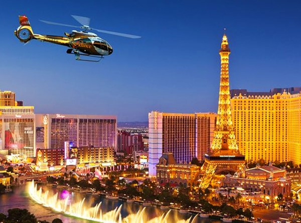 Helicóptero na Strip