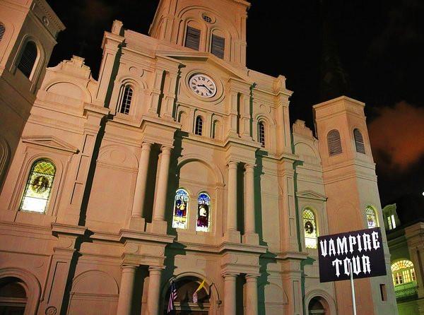 Vampire Tour